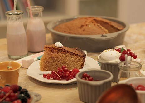 YOGURT CAKE WITH ROSE WATER
