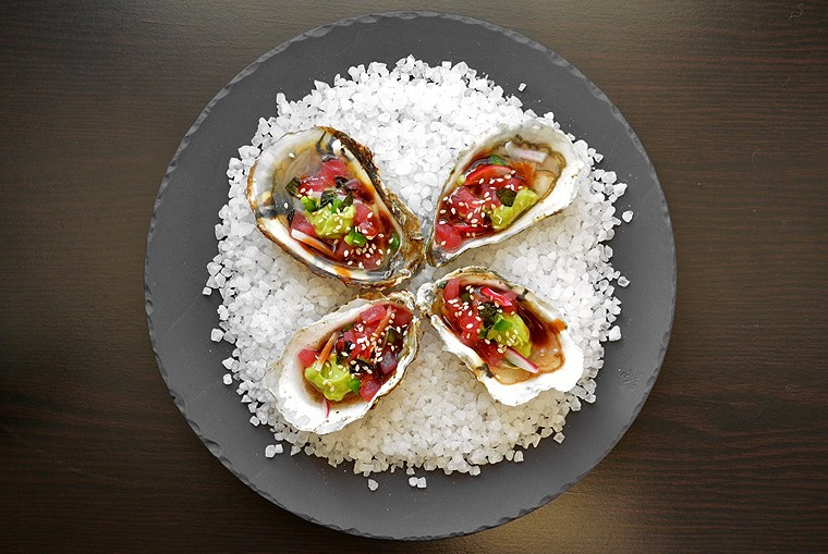 Oysters & Tartare