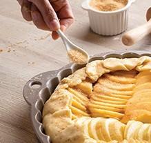 crispy sesame apple tart
