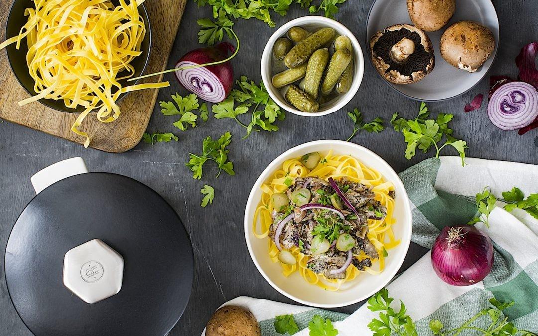 Veal with pasta Stroganoff (or Stroganov) by LOLETA