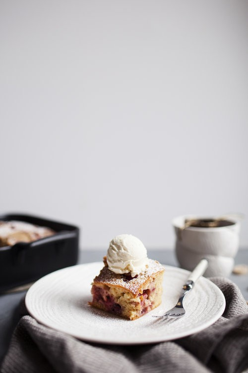 STRAWBERRY DULCEY SNACK CAKE by Modest Marce