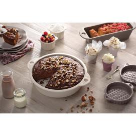 Porcelain cake tin